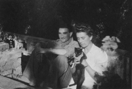 Alger1943 avec sa mère (corrigé))